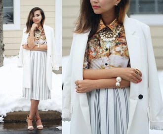 different cands blogger blouse white coat pearl striped skirt skirt shoes jewels