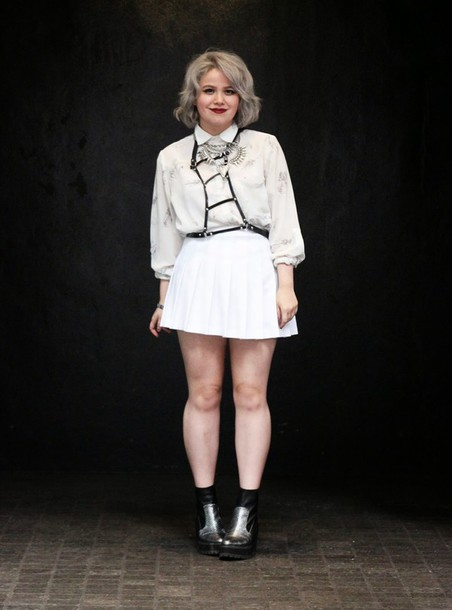 broke hell blogger white shirt pleated skirt white skirt harness metallic shoes