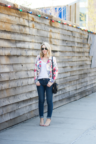 miss lyle style blogger floral jacket nude heels skinny jeans