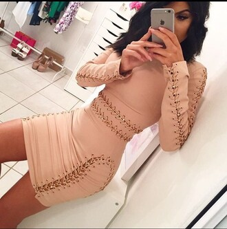 dress lace up nude nude dress bodycon dress bodycon gold chain n?de long sleeves dre??