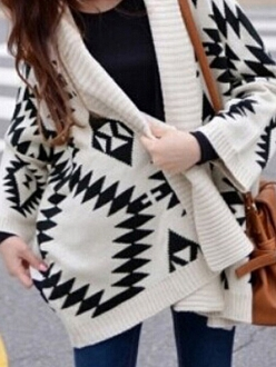 Black geometric pattern contrast white batwing sleeve no