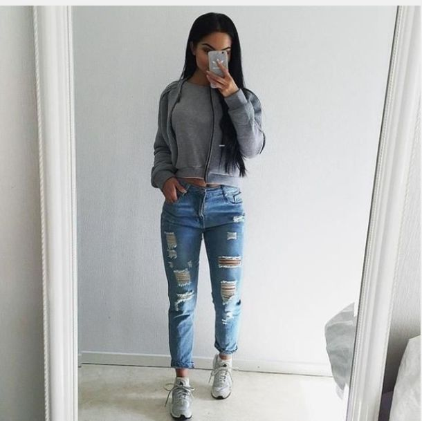 How do you roll up boyfriend jeans?