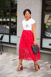 jadore-fashion,blogger,skirt,t-shirt,shoes,bag,jewels,make-up,midi skirt,sandals,red skirt,white t-shirt,black bag,summer outfits,tulle skirt,blogger style,slogan t-shirts,handbag
