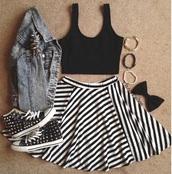 skirt,skater skirt,hair accessory