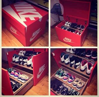 home accessory sneakers dope cool nike jordans shoes nice make-up nail accessories
