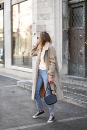 coat,tumblr,nude coat,long sleeves,long coat,sweater,sweater weather,denim,jeans,blue jeans,black sneakers,sneakers,black converse,converse,bag,black bag