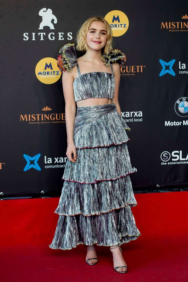 top kiernan shipka maxi skirt silver crop tops red carpet dress