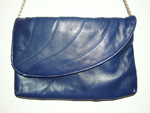 Vintage purse, navy blue pleather with chain strap