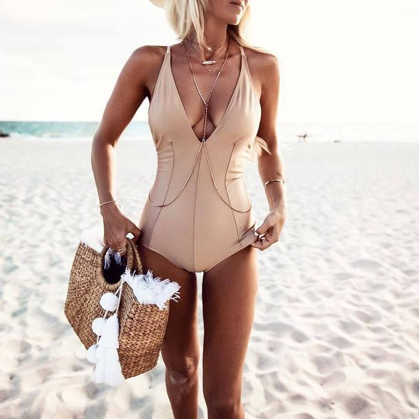 swimwear tumblr beach one piece swimsuit body chain jewelry gold jewelry necklace gold necklace bracelets gold bracelet bag straw bag beach bag gold gold body chain summer summer accessories accessories