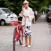 jacket,white jacket,oversized,midi skirt,floral skirt,slippers,white t-shirt,bike,handbag,sunglasses