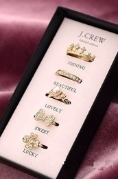 jewels,j crew,jewelry,ring,ring set,rings & tings,gold,gold ring,statement ring,pearl,pendant,diamonds,bow,shiny,lovely,sweet,petit and sweet couture