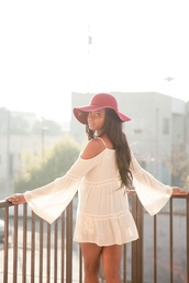 top,off the shoulder top,off the shoulder,creme,ivory,off-white,bell sleeves,bell sleeve top,lovely,girl,flappy hat,burgundy,hipster,hot,la style,los angeles,california,california style,dress