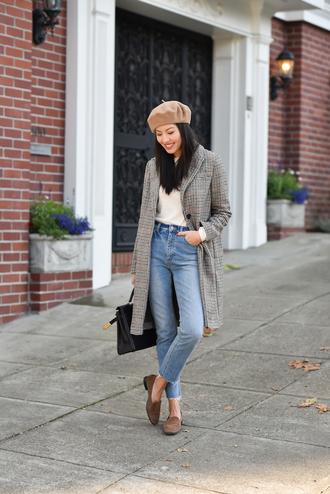 hat tumblr beret coat grey coat denim jeans light blue jeans loafers bag black bag french girl style