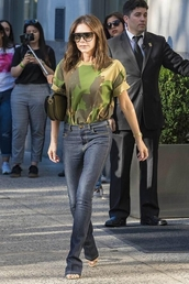 jeans,victoria beckham,streetwear,sandals,top,camouflage,celebrity,streetstyle