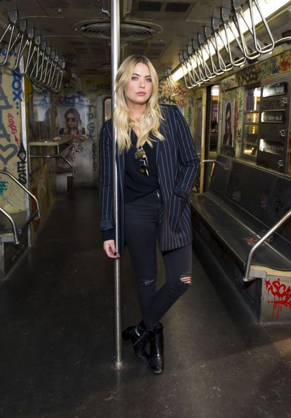 jumpsuit ashley benson fall outfits jeans black jeans blazer