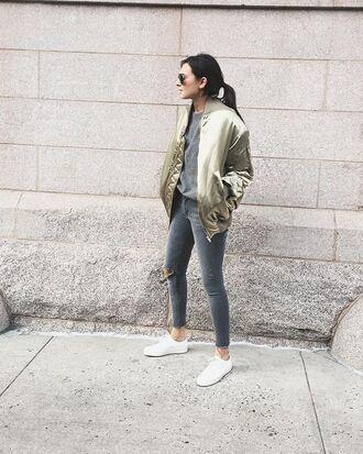 jacket grey ripped jeans black aviators aviator sunglasses grey t-shirt skinny jeans ripped skinny jeans white sneakers grey jeans grey skinny jeans satin bomber bomber jacket oversized bomber jacket metallic bomber metallic bomber jacket