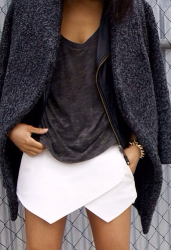 skorts grey t-shirt charcoal skirt shirt white white skirt oversized coat