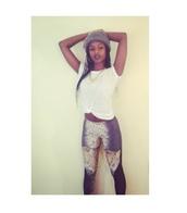 pants,lion,leggings,lionprint,gold chain,whitetshirt,london inspired,braid,black lipstick,natural,forever 21