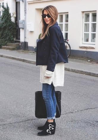 shoes navy blue jacket white shirt blue jeans black bag buckle boots blogger sunglasses