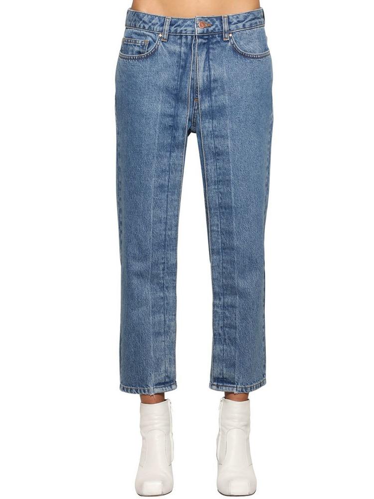 AALTO Fixed Pleats Cropped Denim Jeans in blue