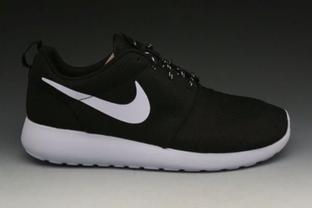 nike roshe run black and white sneakers nike roshe run nike roshes floral