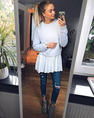 top white top jeans blue jeans