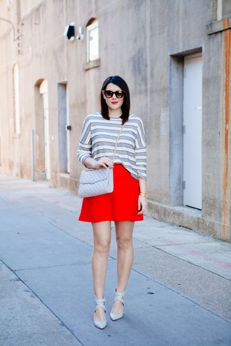 kendi everyday blogger sunglasses striped sweater red skirt