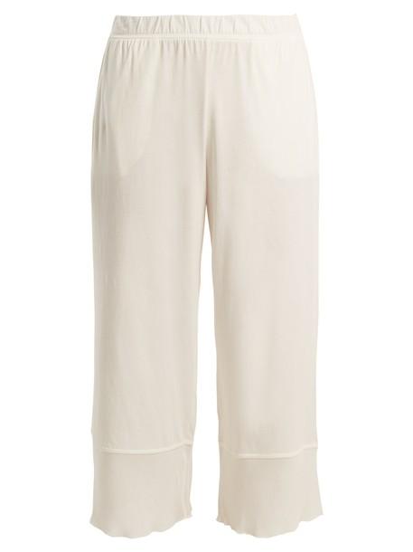 Skin cotton white pants