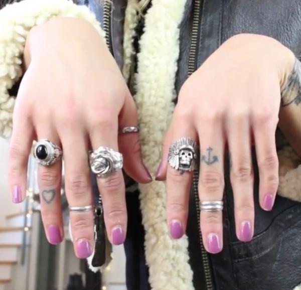 jewels beauty crush rings