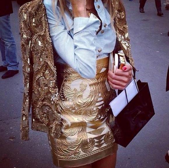 lovely gold skirt baroque