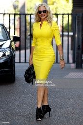 dress,tight,yellow,bodycon,midi,carol vorderman,half sleeve