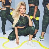 top,camouflage,crop tops,leggings,activewear,sportswear,khloe kardashian,kardashians