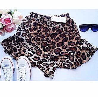 shorts divergence clothing sexy crop tops frilly shorts elastic shorts leopard print leopard shorts cheetahshorts streetstyle high waisted high waisted shorts 90sgrunge