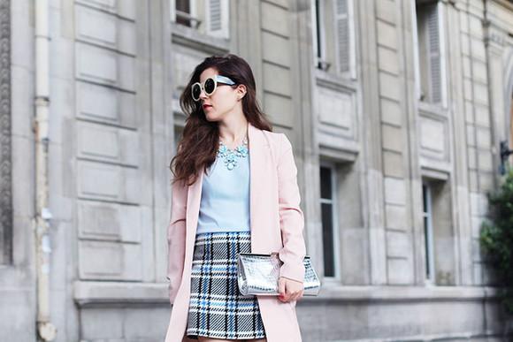 blogger tartan elodie in paris checkered floral necklace