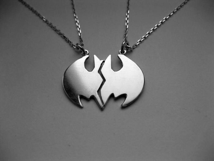Break batman necklace