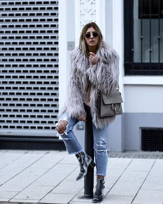 jeans faux fur coat distressed denim jeans black boots grey handbag blogger sunglasses