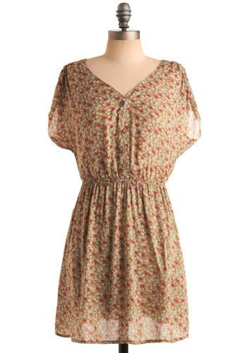 Mod retro vintage printed dresses