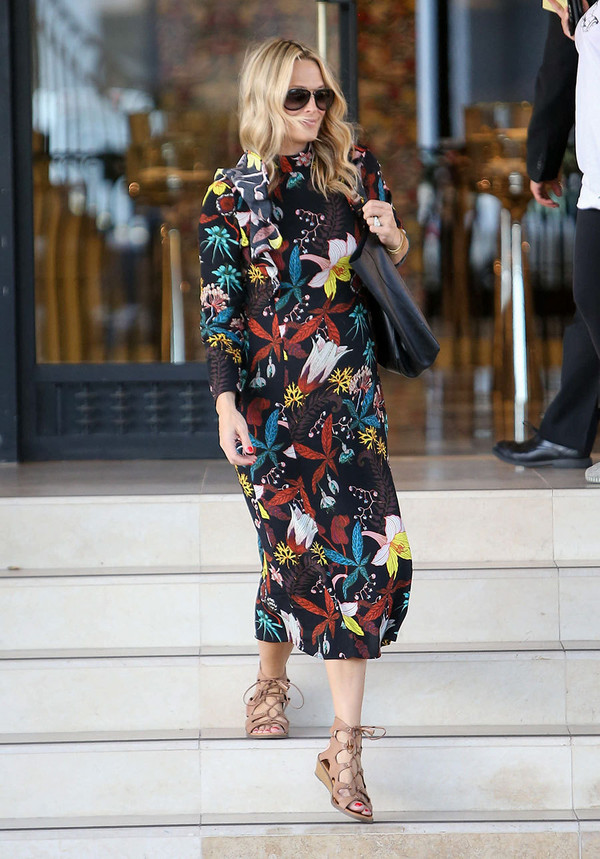 Thebudgetbabe Blogger Dress Shoes Printed Dress Floral Dress