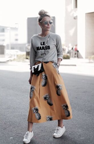 sunglasses silver sunglasses grey sweater black and white bag dior sunglasses mirrored sunglasses skirt maxi skirt printed skirt sweatshirt sneakers white sneakers fall outfits streetstyle bag crossbody bag dior so real sports sweater