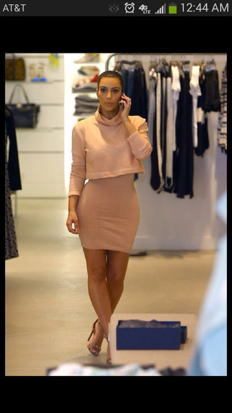 dress pink dress skirt kim k kim kardashian black barbie pencil skirt trending now spring fashion crop tee summer crop sweater kim k skirt fashion nude high heels nude sandals strappy heels light pink dress knee length dress crop tee and skirt high waist skirts blackbarbie baggy sweater sweater