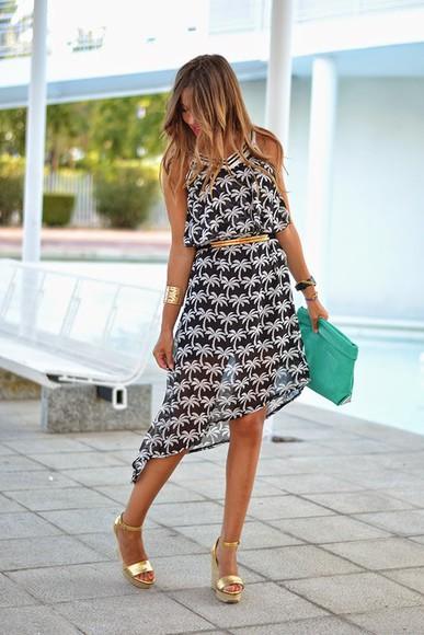 zara blogger mi aventura con la moda Belt bag make-up palm tree print dress Choies summer outfits summer shoes summer dress high heels