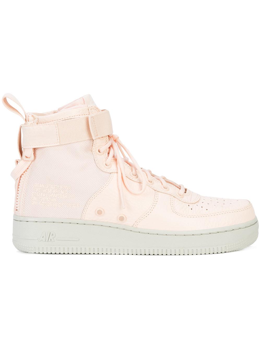 SF AF1 Mid – Sneaker Bar