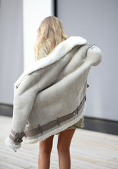 jacket,winter outfits,fur,cold,winter jacket,coat,warm,nice,shearling jacket,grey coat,texture,belt,cute,beige,white
