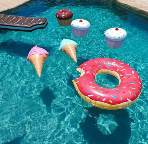 donut cupcake bag pool toys pool need it please need this in my life ice cream smores home decor