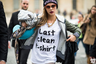 t-shirt black white black and white cara delevingne streetstyle streetwear hat jacket sunglasses shirt last clean t-shirt