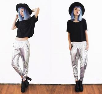 pants gigi hadid pale grunge tumblr black grey lookbook aesthetic white holographic metallic joggers