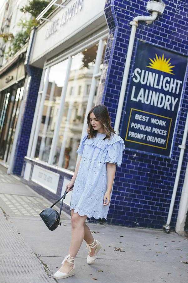 dress tumblr blue dress mini dress eyelet detail eyelet dress sandals wedges wedge sandals bag black bag