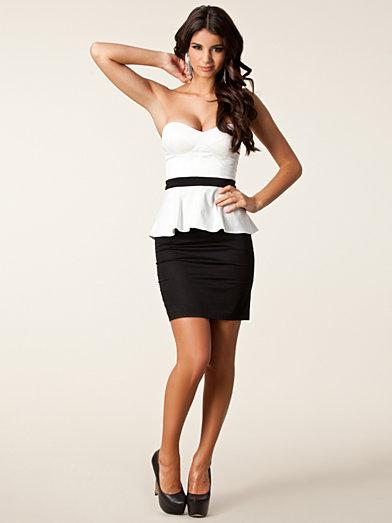 Bandeau Peplum Dress - Elise Ryan - Svart/Vit - Festklänningar - Kläder - Kvinna - Nelly.com