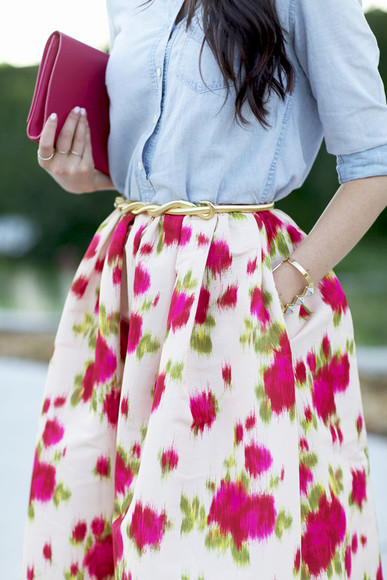 colourful skirt golden belt bracelets