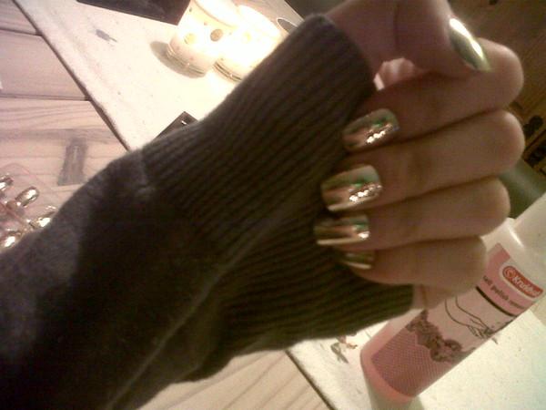 nail polish gold fake nails fake nails nail art